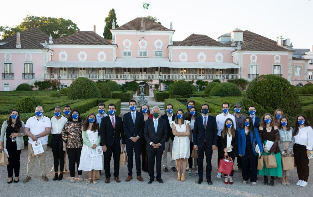 Presidente da República recebe 25 jovens para discussão de medidas para o futuro da juventude
